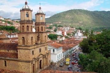 Cómo llegar a San Gil y qué hacer en la capital turística de Santander