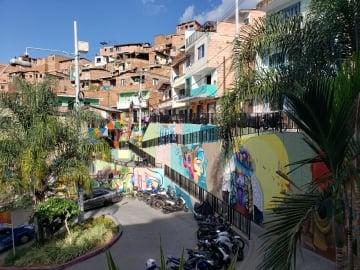 Tour del Grafiti en la Comuna 13 de Medellín. Todo lo que necesitas saber
