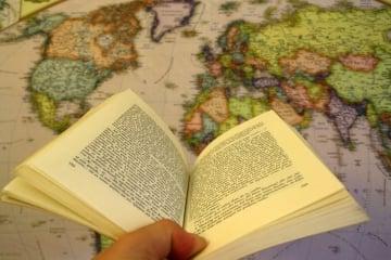 Libros para viajar, los recomendados para emprender el vuelo y explorar el mundo