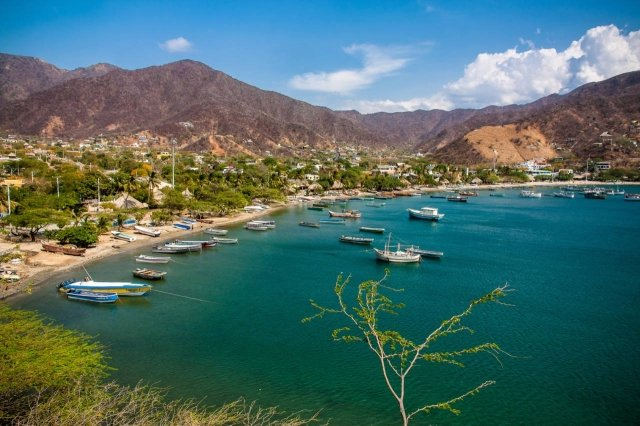 How to get to Taganga from Santa Marta and what to do