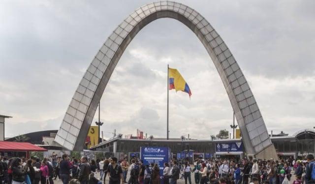 calendario abril en colombia