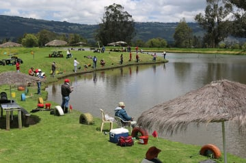 Destinos para practicar pesca deportiva en Bogotá y sus alrededores