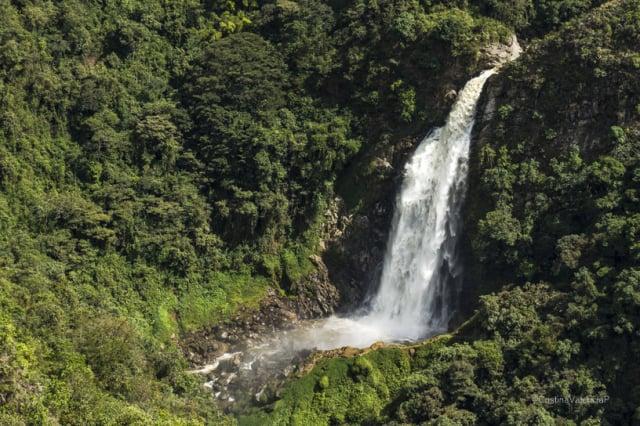 Descubre cómo llegar al Salto del Buey en La Ceja, Antioquia