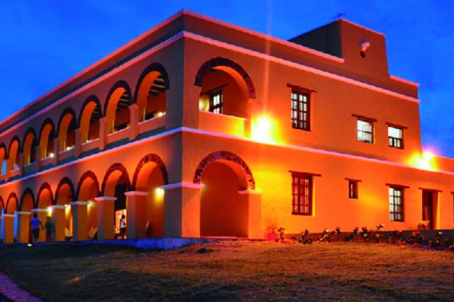 Monumentos Nacionales - Castillo de Salgar