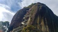 Tour a Guatapé con paseo en barco desde Medellín