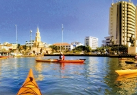 Giro in kayak intorno alla città di Cartagena